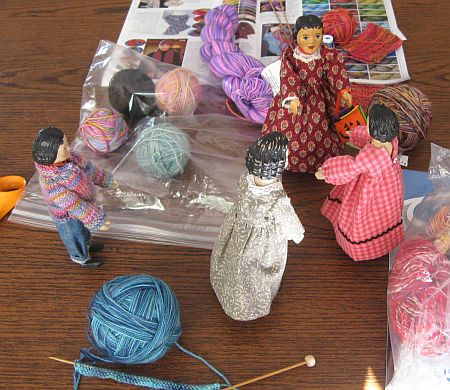Knitting for Hitty